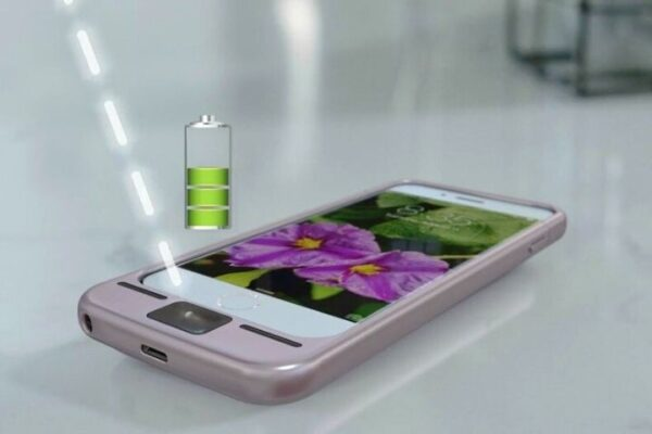 Laser Charges Smartphones Wirelessly From A Distance.