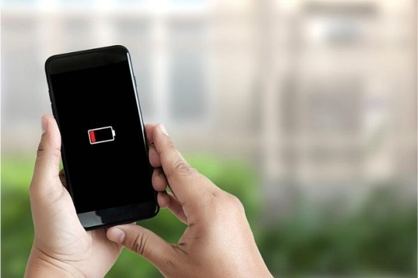 Apple Operating System iOS 14.6: iPhone Users Complain Of Battery Problems