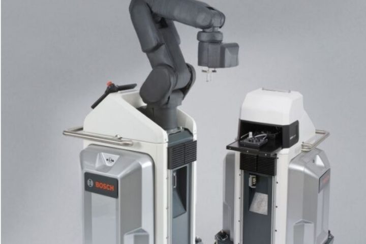Drive Technology With Industrial Robots, Damping Is Essential